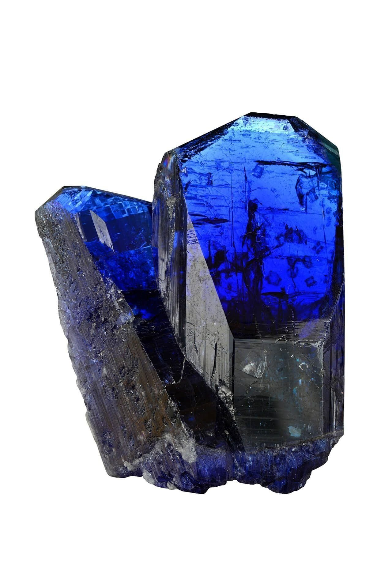 La tanzanite, cette pierre inconnue il y a encore quelques années, est devenue une star de la joaillerie